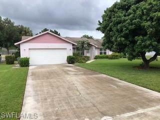 281 Mentor Dr, Naples, FL 34110 (#219059879) :: Southwest Florida R.E. Group Inc