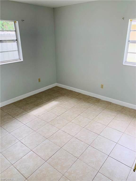 3086 Ponce De Leon Dr, Naples, FL 34105 (MLS #219061156) :: Clausen Properties, Inc.