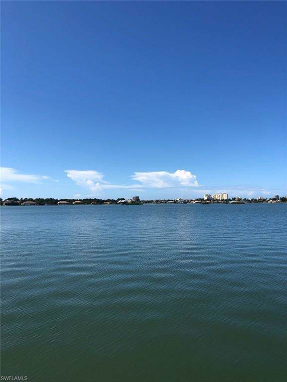 580 S Barfield Dr, Marco Island, FL 34145 (MLS #219068098) :: #1 Real Estate Services