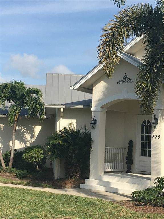 535 Inlet Dr, Marco Island, FL 34145 (#219068584) :: Southwest Florida R.E. Group Inc