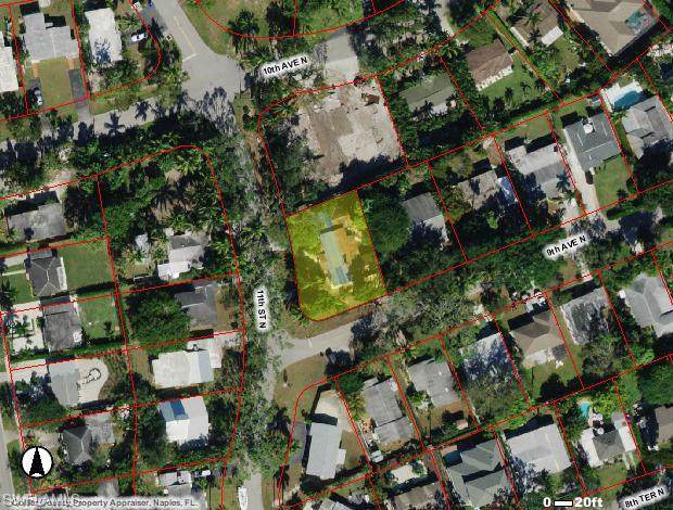 950 11th St N, Naples, FL 34102 (MLS #220003801) :: Clausen Properties, Inc.