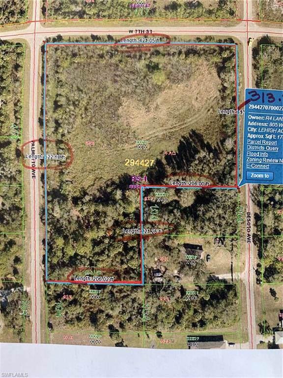 805 W 7th St, Lehigh Acres, FL 33972 (#220004210) :: The Dellatorè Real Estate Group