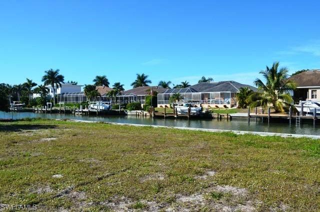 240 Fiji Ct, Marco Island, FL 34145 (MLS #220013442) :: Kris Asquith's Diamond Coastal Group