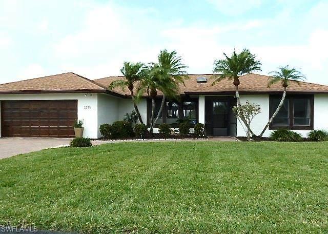 2235 Imperial Golf Course Blvd, Naples, FL 34110 (MLS #220015158) :: The Keller Group