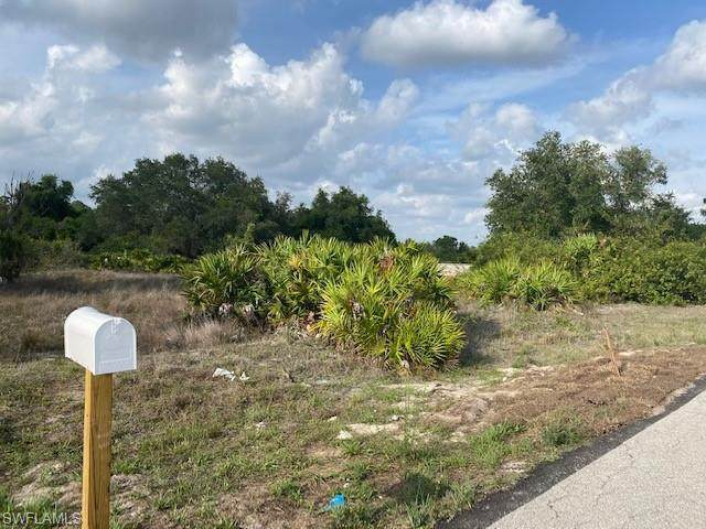 3730 16th St W, Lehigh Acres, FL 33971 (#220029017) :: Equity Realty