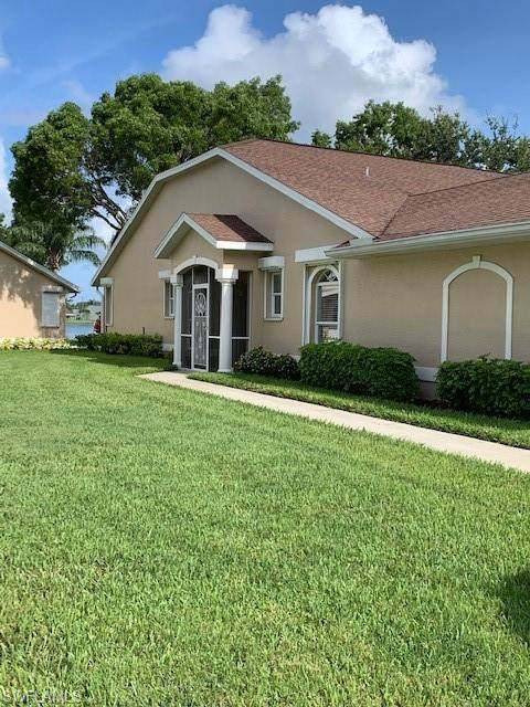 3220 Crown Pointe Blvd, Naples, FL 34112 (MLS #220033067) :: RE/MAX Radiance
