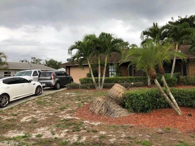 11188 Orangewood Dr, Bonita Springs, FL 34135 (MLS #220033208) :: #1 Real Estate Services