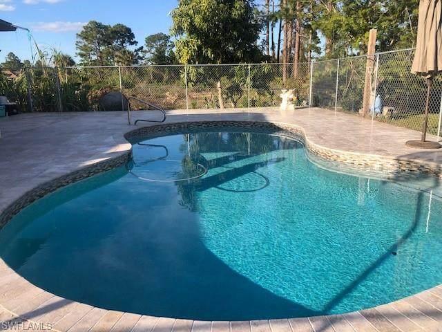 421 Lovers Ave, Lehigh Acres, FL 33974 (#220035807) :: Vincent Napoleon Luxury Real Estate
