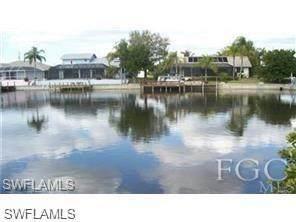 3241 SW 8th St, Cape Coral, FL 33991 (MLS #220037116) :: Clausen Properties, Inc.