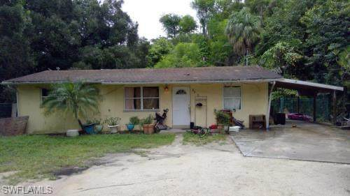 3900 Arnold Dr, Fort Myers, FL 33916 (MLS #220037229) :: Waterfront Realty Group, INC.