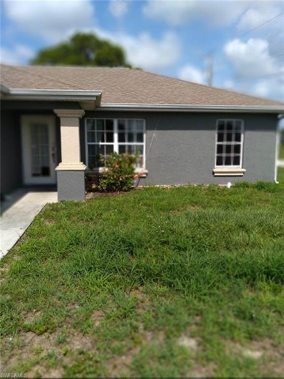 212 Chiquita Blvd N, Cape Coral, FL 33993 (MLS #220037263) :: RE/MAX Realty Group