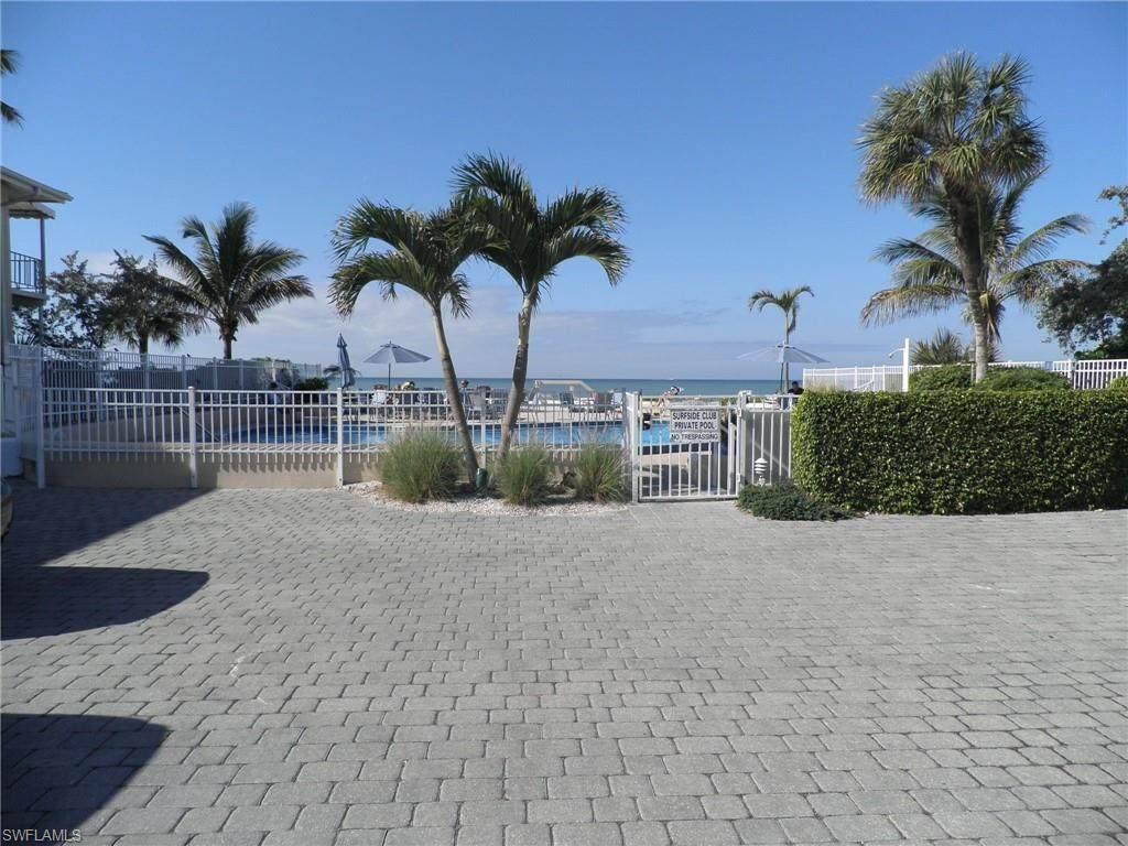 1065 Gulf Shore Blvd - Photo 1
