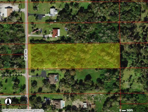 320 20th St NE, Naples, FL 34120 (MLS #220044461) :: Clausen Properties, Inc.