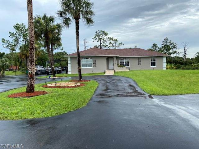 2561 6th Ave SE, Naples, FL 34117 (MLS #220046569) :: RE/MAX Realty Group