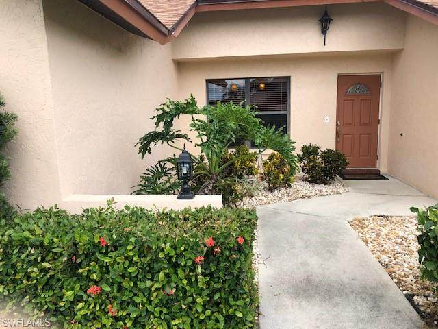 9946 Ortega Ln, Bonita Springs, FL 34135 (#220049817) :: The Dellatorè Real Estate Group