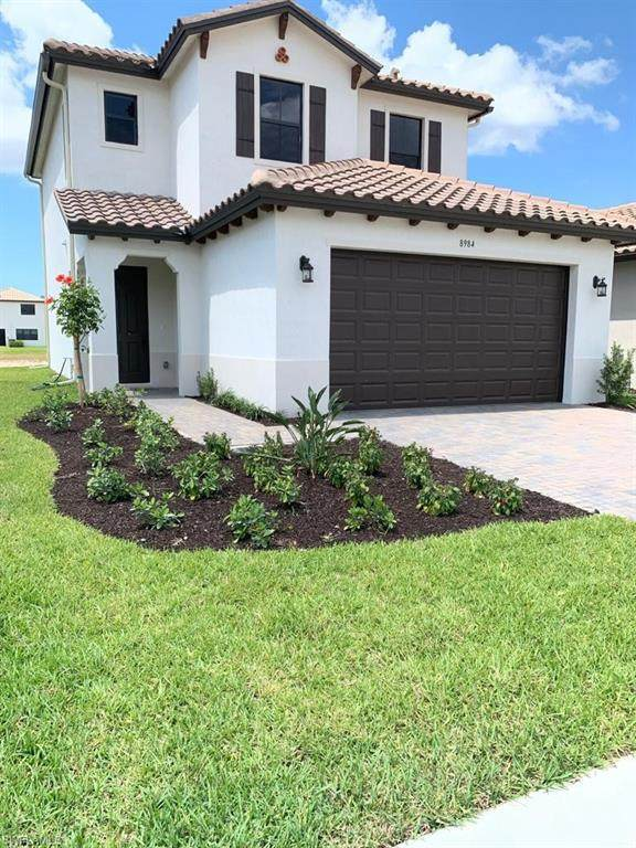 8984 Madrid Cir, Naples, FL 34104 (#220049914) :: Caine Premier Properties