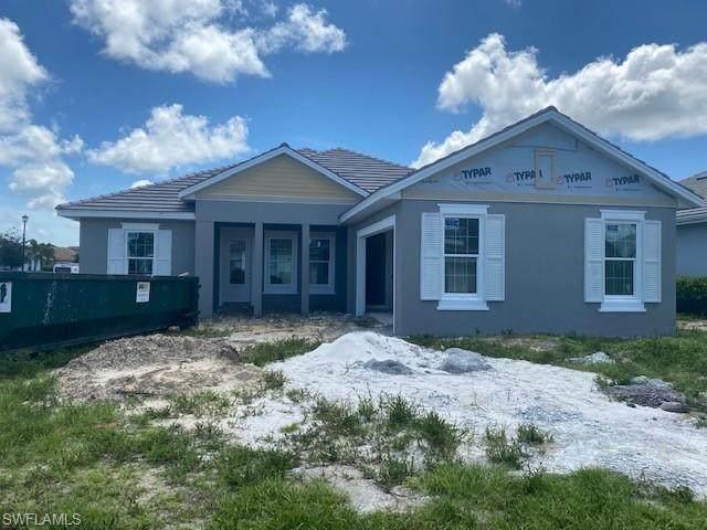14806 Dockside Ln, Naples, FL 34114 (#220059040) :: Caine Premier Properties