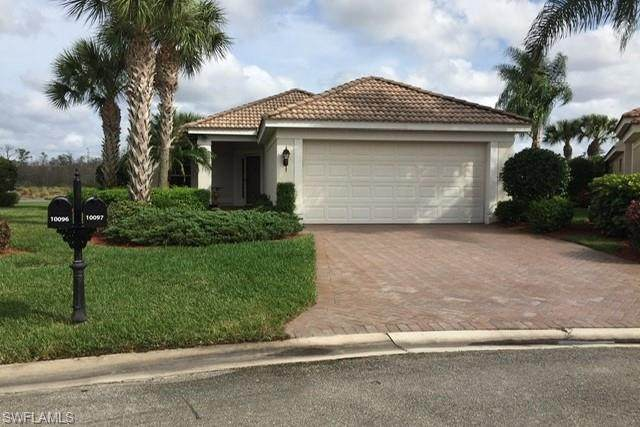 10097 Oakhurst Way, Fort Myers, FL 33913 (#220061467) :: Vincent Napoleon Luxury Real Estate