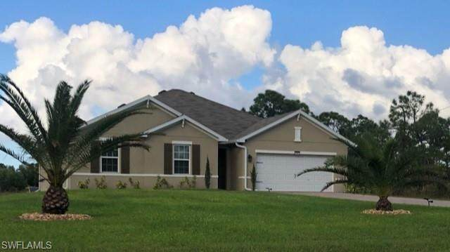 3297 52nd Ave NE, Naples, FL 34120 (#220075034) :: Jason Schiering, PA