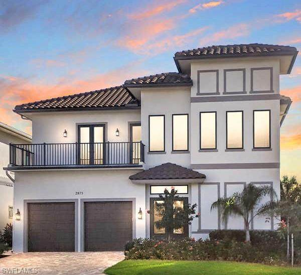 2875 Coco Lakes Dr, Naples, FL 34105 (MLS #221001705) :: Waterfront Realty Group, INC.