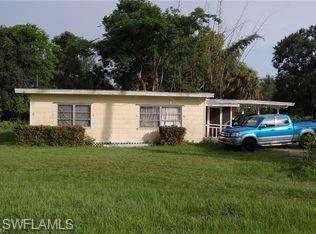 4604 Seminole, Fort Myers, FL 33905 (MLS #221002225) :: Clausen Properties, Inc.
