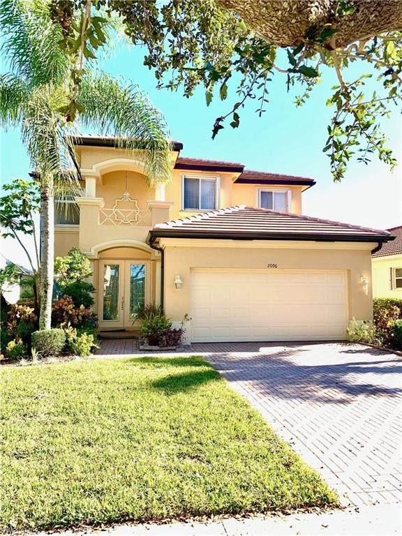 2096 Par Dr, Naples, FL 34120 (#221004124) :: Caine Luxury Team