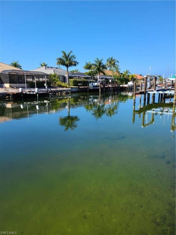 418 Marquesas Ct, Marco Island, FL 34145 (MLS #221005787) :: Team Swanbeck