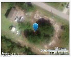 4517 28th St SW, Lehigh Acres, FL 33973 (MLS #221010718) :: Domain Realty
