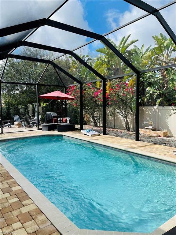 19678 Green Oak Dr, Fort Myers, FL 33908 (#221014383) :: Caine Luxury Team