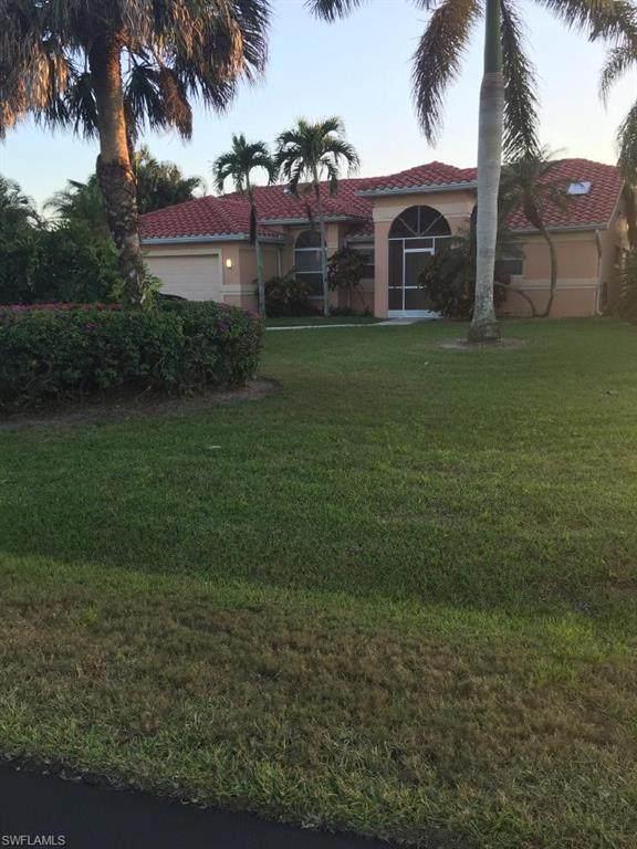 1025 Moon Lake Dr E, Naples, FL 34104 (MLS #221019196) :: NextHome Advisors