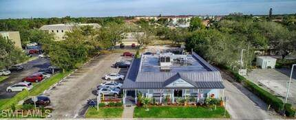 3350 Tamiami Trail Trl, Naples, FL 34103 (MLS #221025699) :: Clausen Properties, Inc.