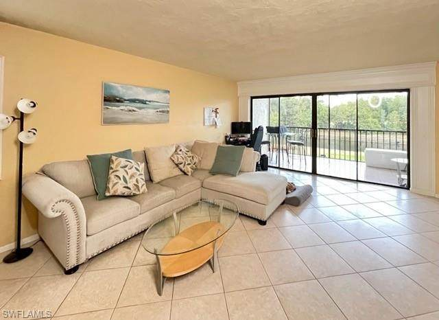 700 Valley Stream Dr #200, Naples, FL 34113 (MLS #221026263) :: Medway Realty