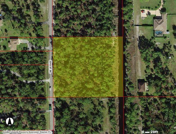22nd St SE, Naples, FL 34117 (MLS #221026761) :: Premiere Plus Realty Co.