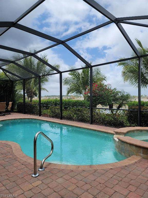 28054 Wicklow Ct, Bonita Springs, FL 34135 (MLS #221027567) :: Dalton Wade Real Estate Group