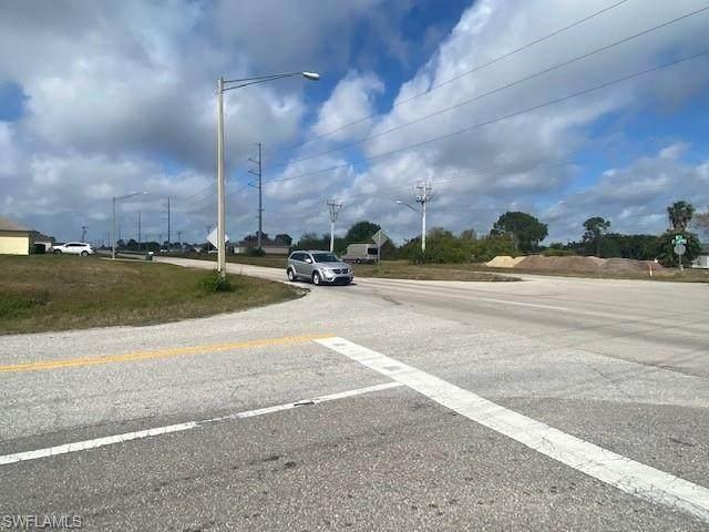 707 Kismet Pky E, Cape Coral, FL 33909 (MLS #221027675) :: Team Swanbeck
