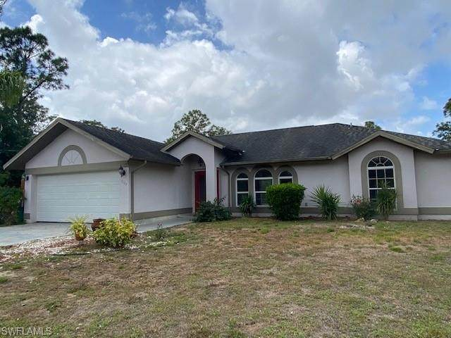 5125 42nd St NE, Naples, FL 34120 (#221028243) :: Southwest Florida R.E. Group Inc