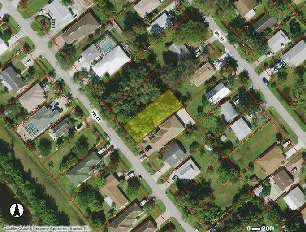 142 7th St, Naples, FL 34113 (MLS #221032116) :: Clausen Properties, Inc.