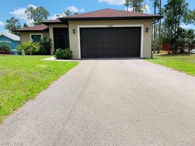 2362 24th Ave NE, Naples, FL 34120 (MLS #221034415) :: Premier Home Experts