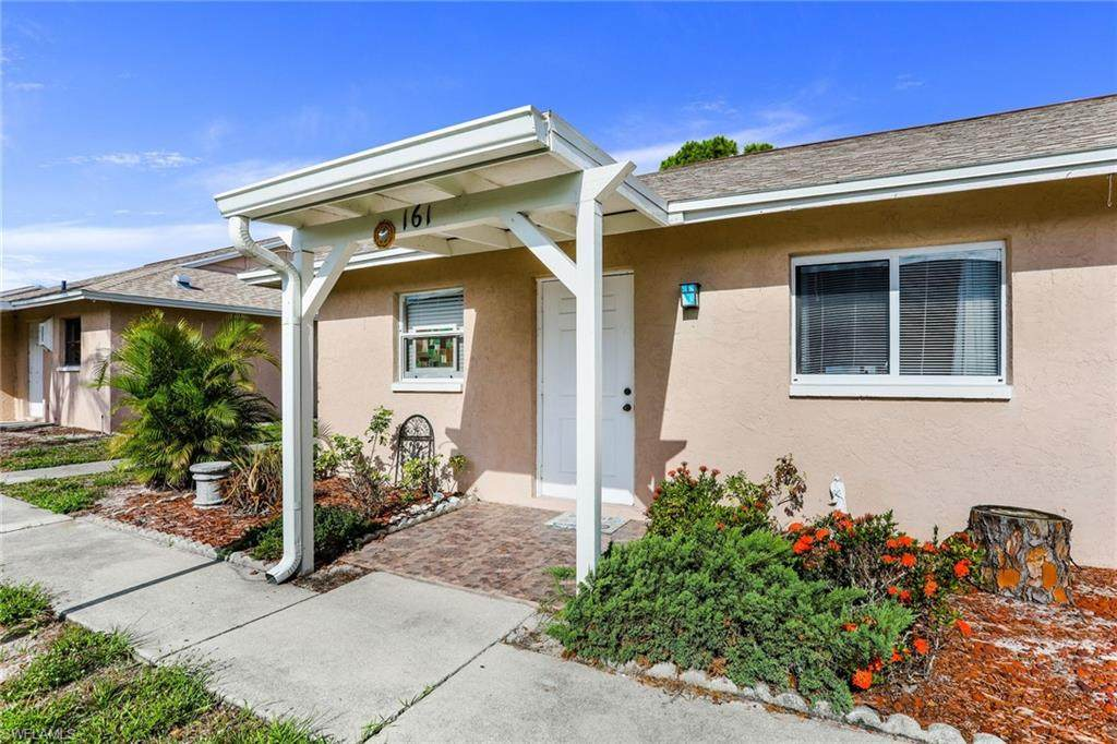 27600 View Dr - Photo 1