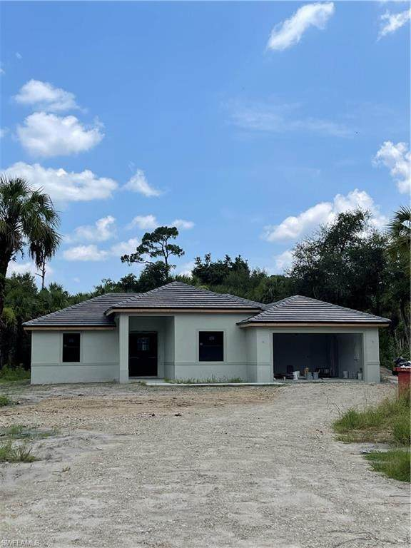 3624 26th Ave SE, Naples, FL 34117 (MLS #221042649) :: Coastal Luxe Group Brokered by EXP