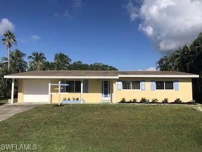15362 Myrtle St, Fort Myers, FL 33908 (MLS #221045151) :: BonitaFLProperties