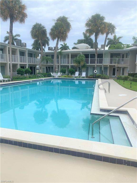 340 Harbour Dr #340, Naples, FL 34103 (MLS #221048291) :: Clausen Properties, Inc.