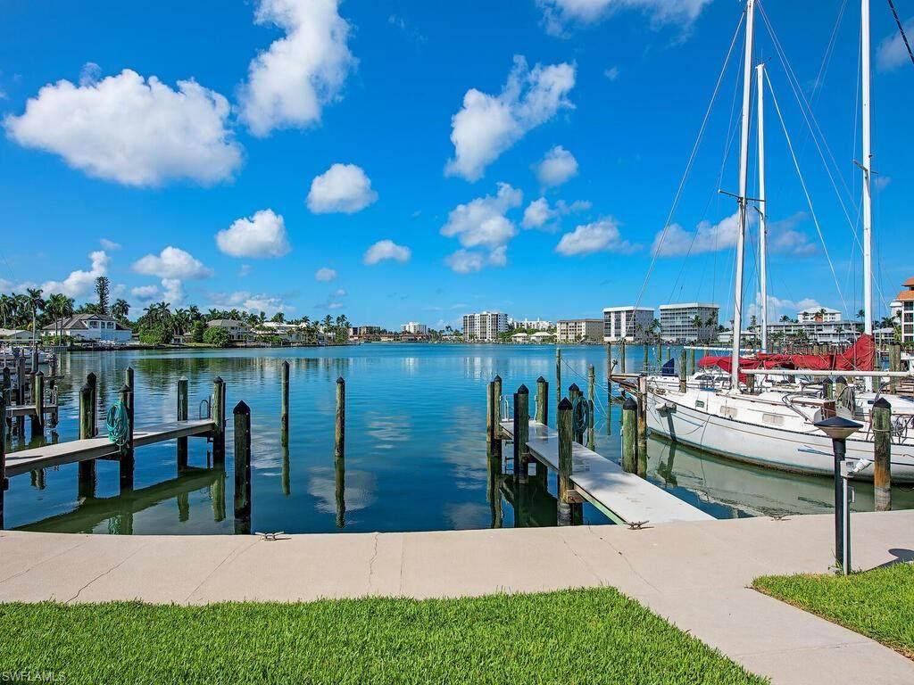 366 Harbour Dr - Photo 1
