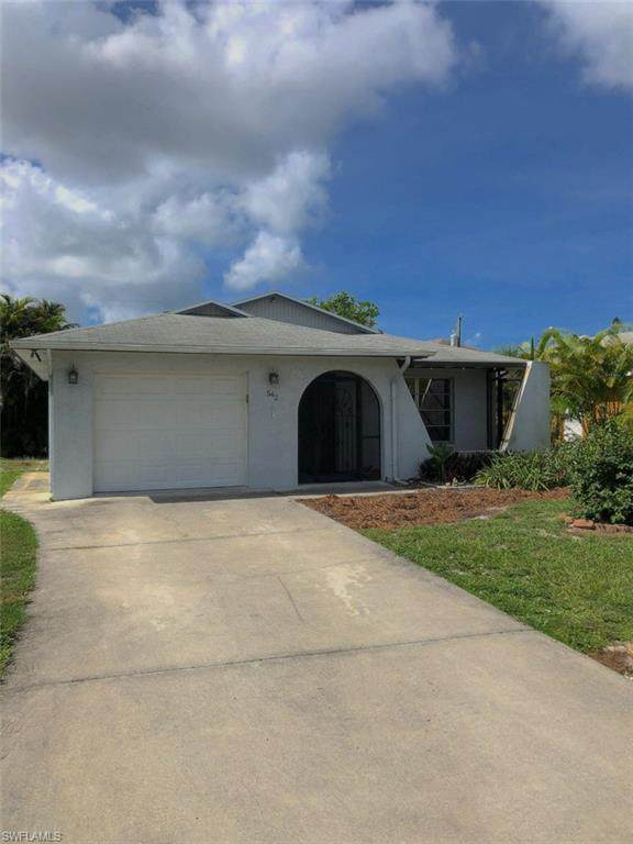 542 106th Ave N, Naples, FL 34108 (#221059594) :: Earls / Lappin Team at John R. Wood Properties