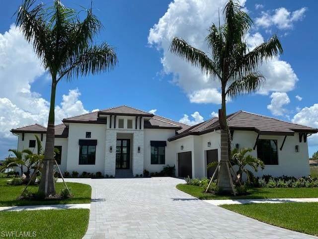 11526 Aerie Ln, Naples, FL 34120 (#221063338) :: Earls / Lappin Team at John R. Wood Properties