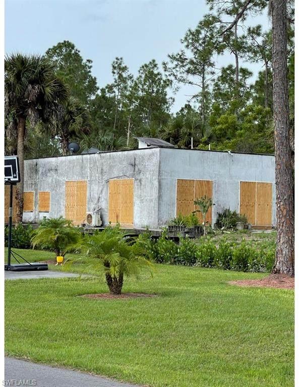 4150 10th Ave NE, Naples, FL 34120 (MLS #221068266) :: Realty World J. Pavich Real Estate