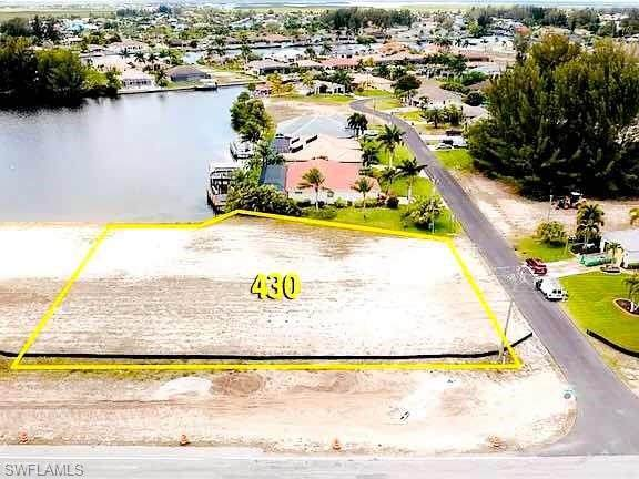 430 Burnt Store Rd S, Cape Coral, FL 33991 (MLS #221070329) :: Medway Realty