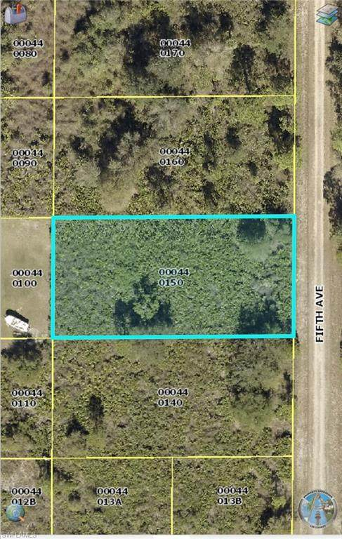1505 Fifth Ave, Lehigh Acres, FL 33972 (#221071695) :: Equity Realty