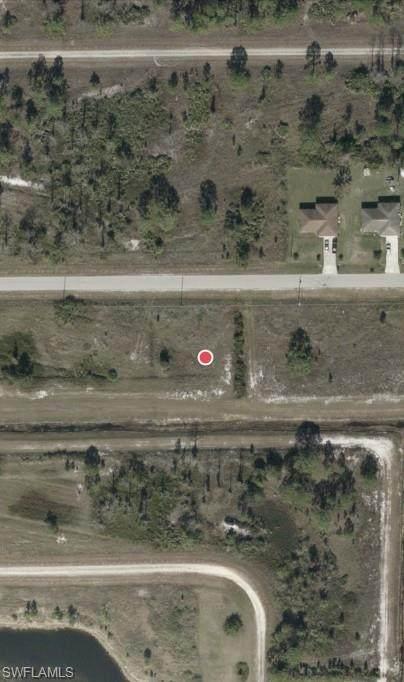 1042 Darlington St, Lehigh Acres, FL 33974 (#221073931) :: REMAX Affinity Plus