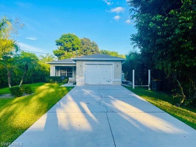 2247 Pineland Ave, Naples, FL 34112 (MLS #221074515) :: Crimaldi and Associates, LLC